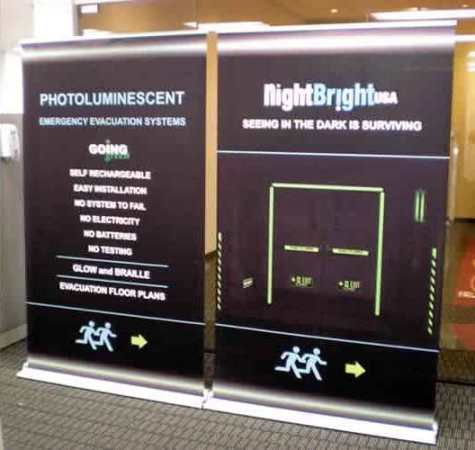 Retractable-Banner Stand